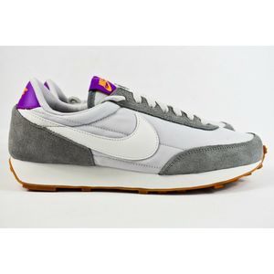 Nike W Daybreak Women Sze 9 Shoes CK2351